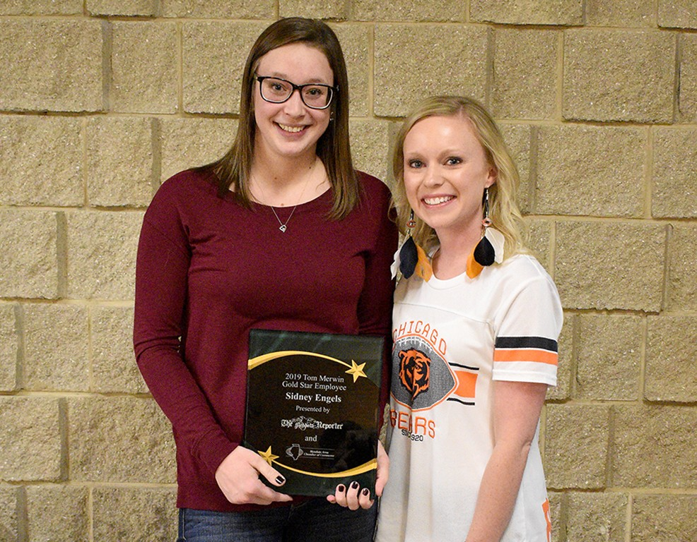 Sidney Engels recognized with Gold Star Award - Mendota Reporter